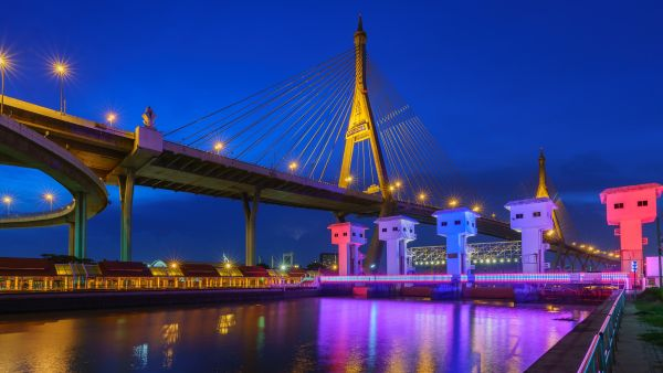 Colorful Bridge inWebP format
